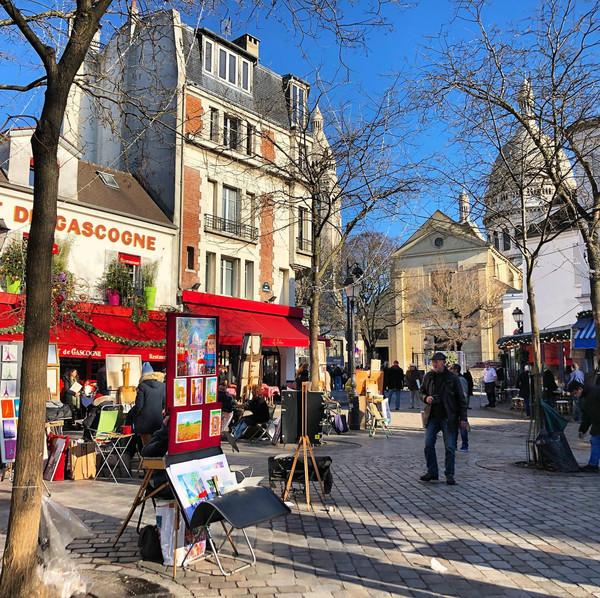 Fêtons la Saint Valentin à Montmartre, le quartier le plus romantique de  Paris - Offres spéciales, Promotions | Hotel Relais Montmartre, Paris  18ème, 4 étoiles